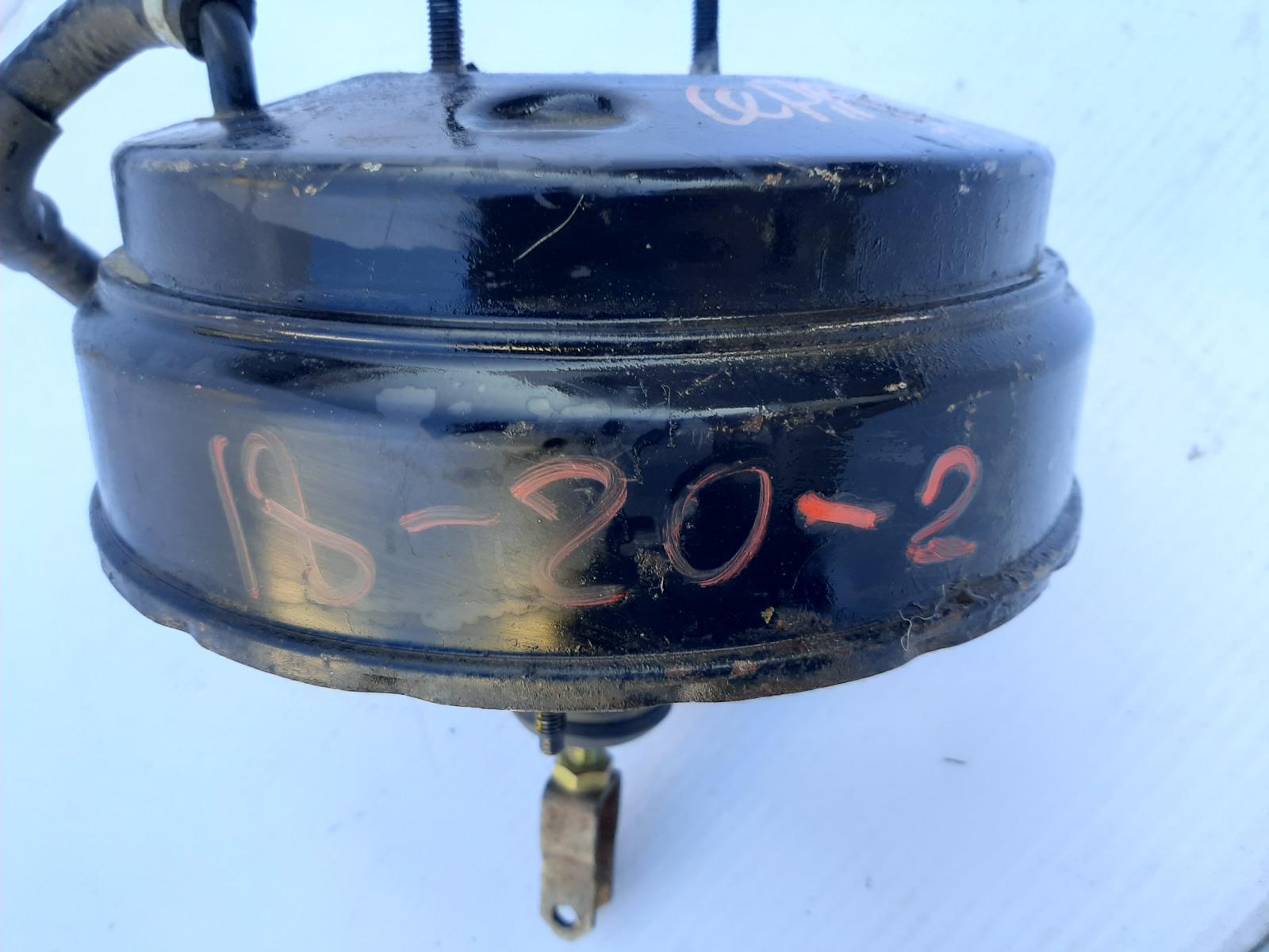 Вакумник тормозной Nissan Cefiro A33 (б/у)