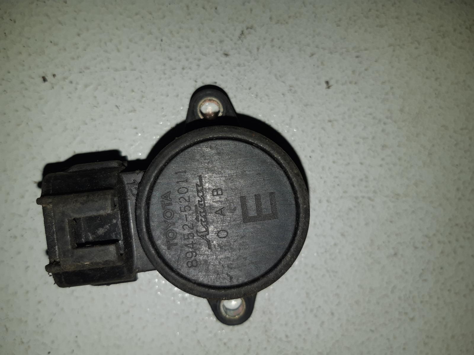 Датчик положения дроссельной заслонки (дпдз) Toyota Vitz SCP10 1SZ-FE (б/у)