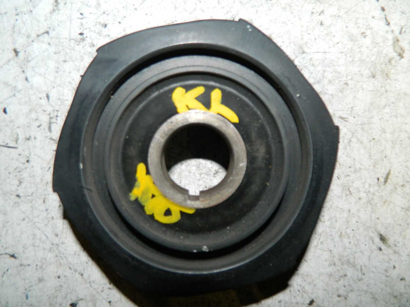 Шкиф коленвала Mazda Xedos 6 (б/у)