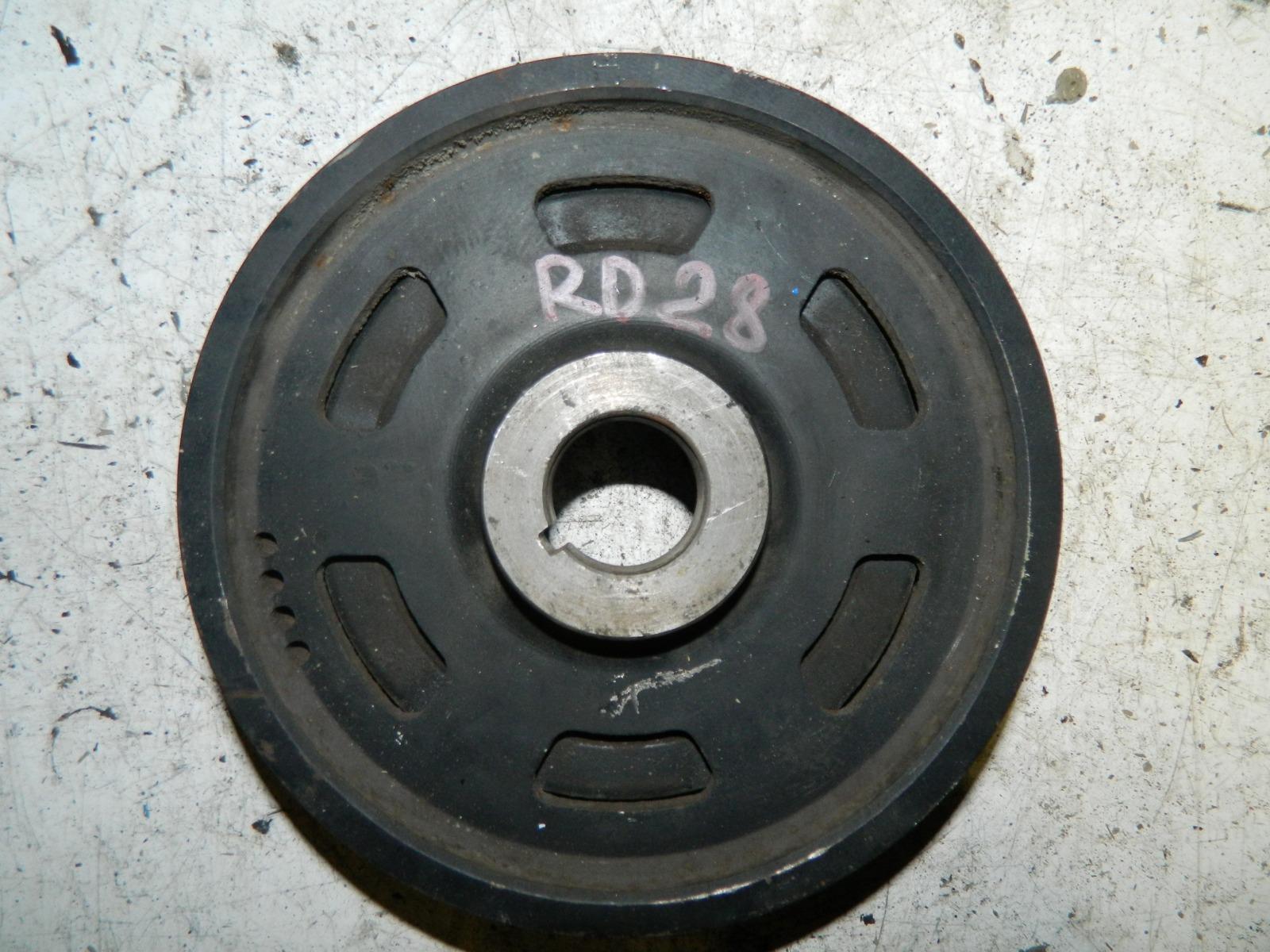 Шкиф коленвала Nissan Laurel C35 RD28 (б/у)