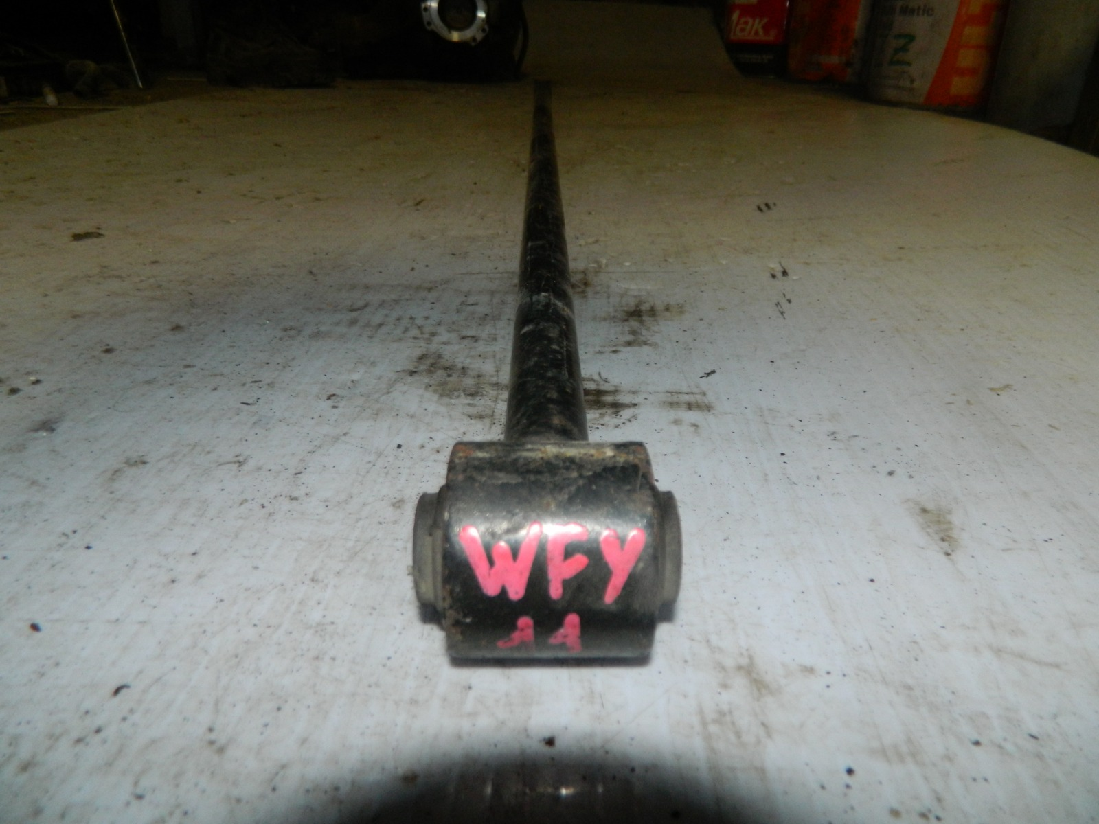 Тяга поперечная Nissan Wingroad Y11 задняя (б/у)
