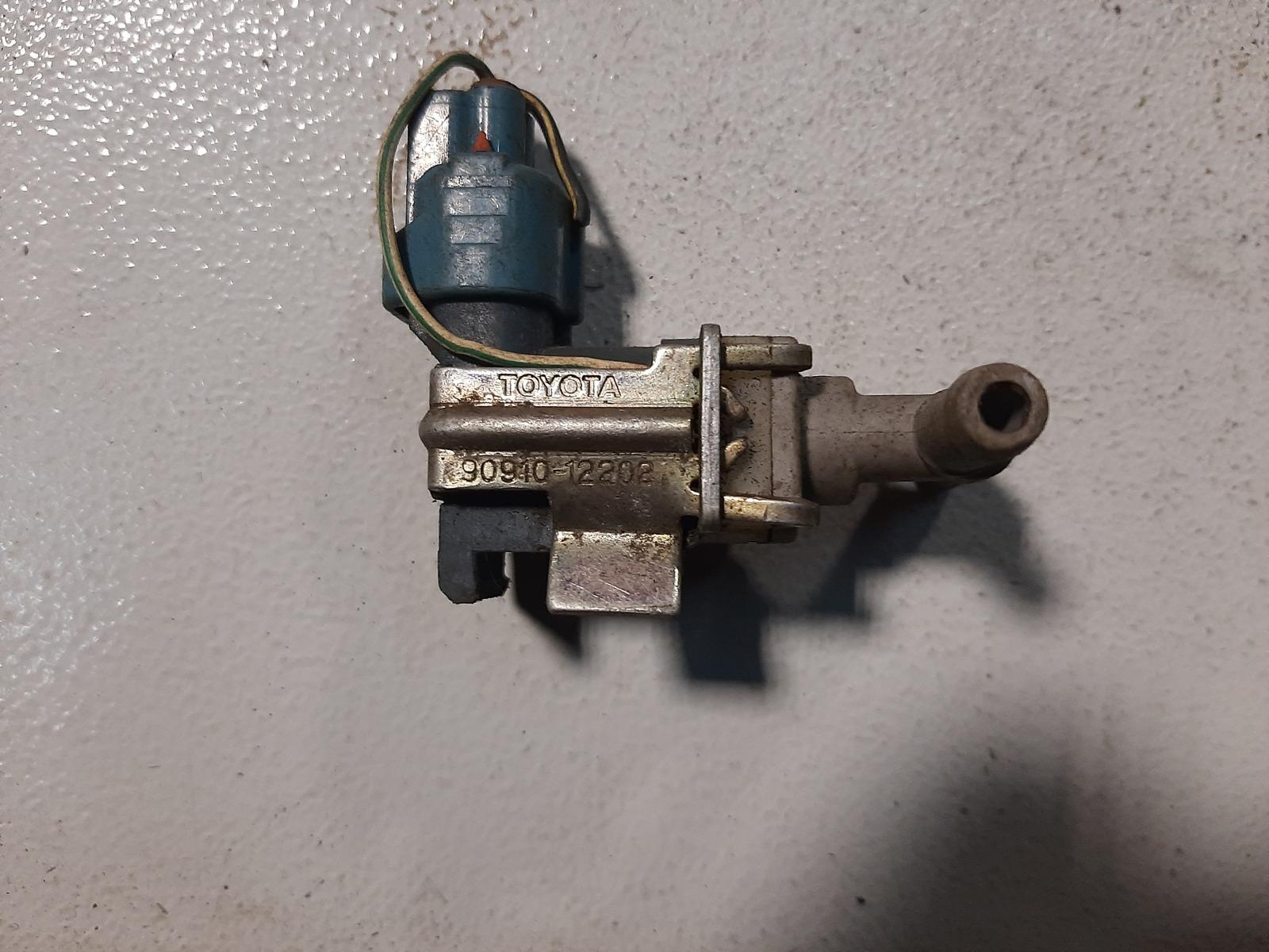 Датчик вакуумный Toyota Platz NCP12 1NZ-FE (б/у)