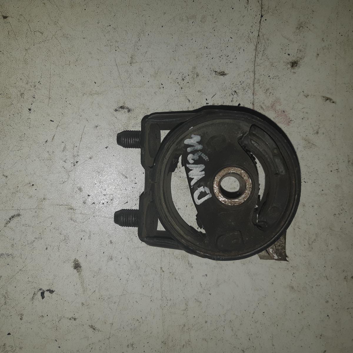 Подушка двигателя Mazda Demio DW3W (б/у)