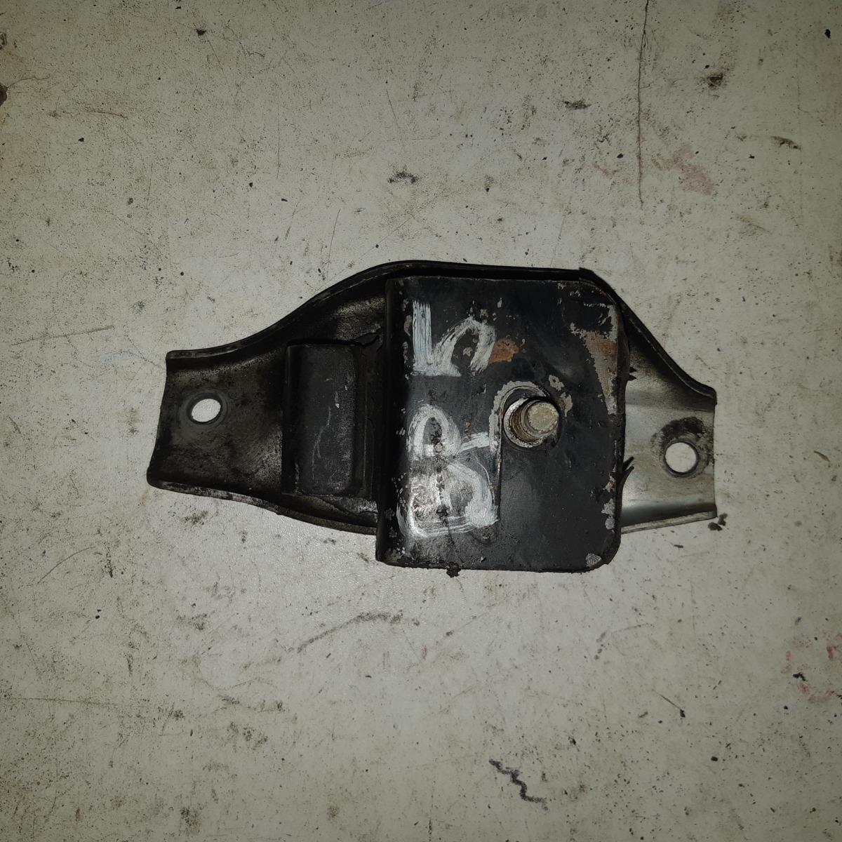 Подушка двигателя Subaru Legacy BP5 EJ20 правая (б/у)