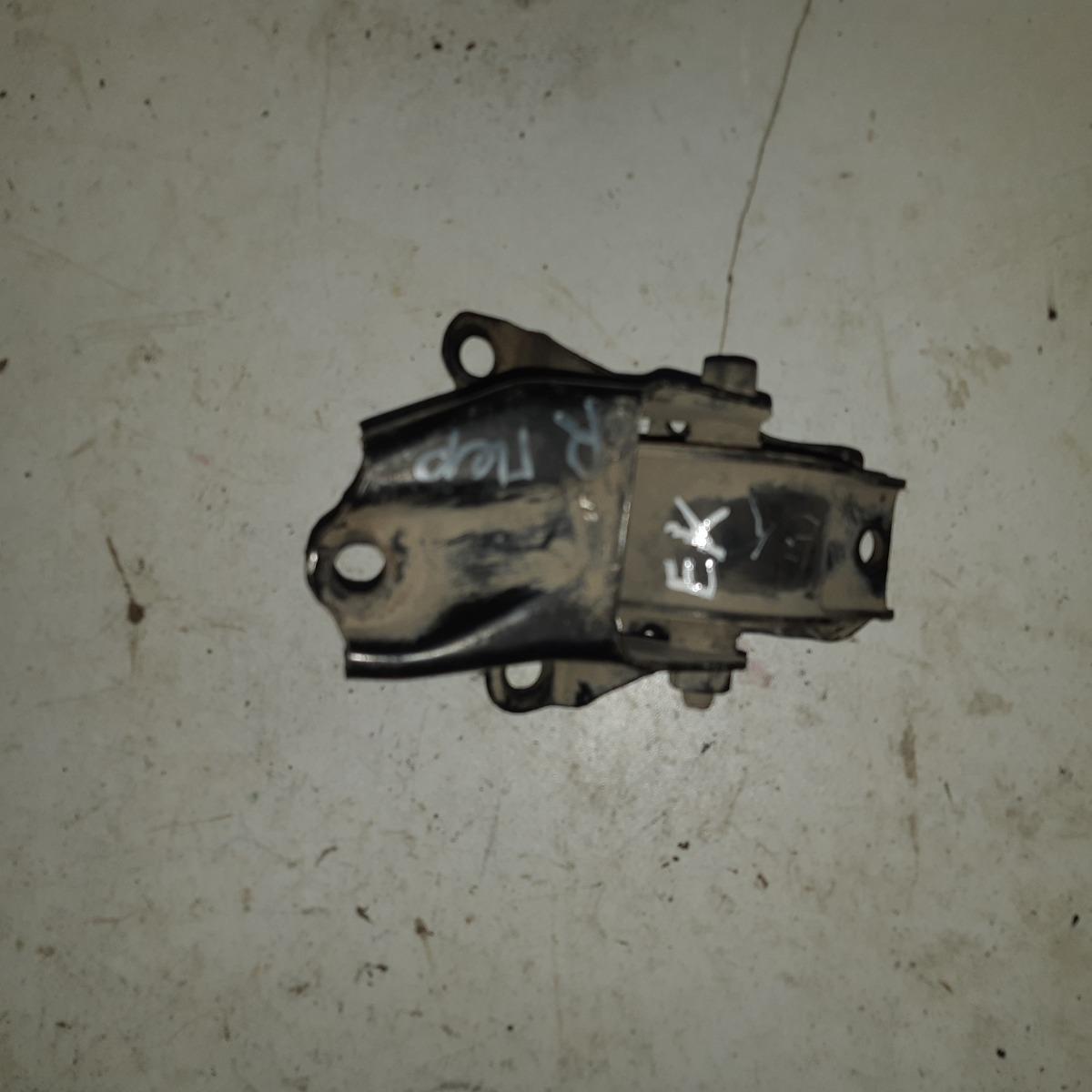 Подушка двигателя Honda Civic EK передняя правая (б/у)