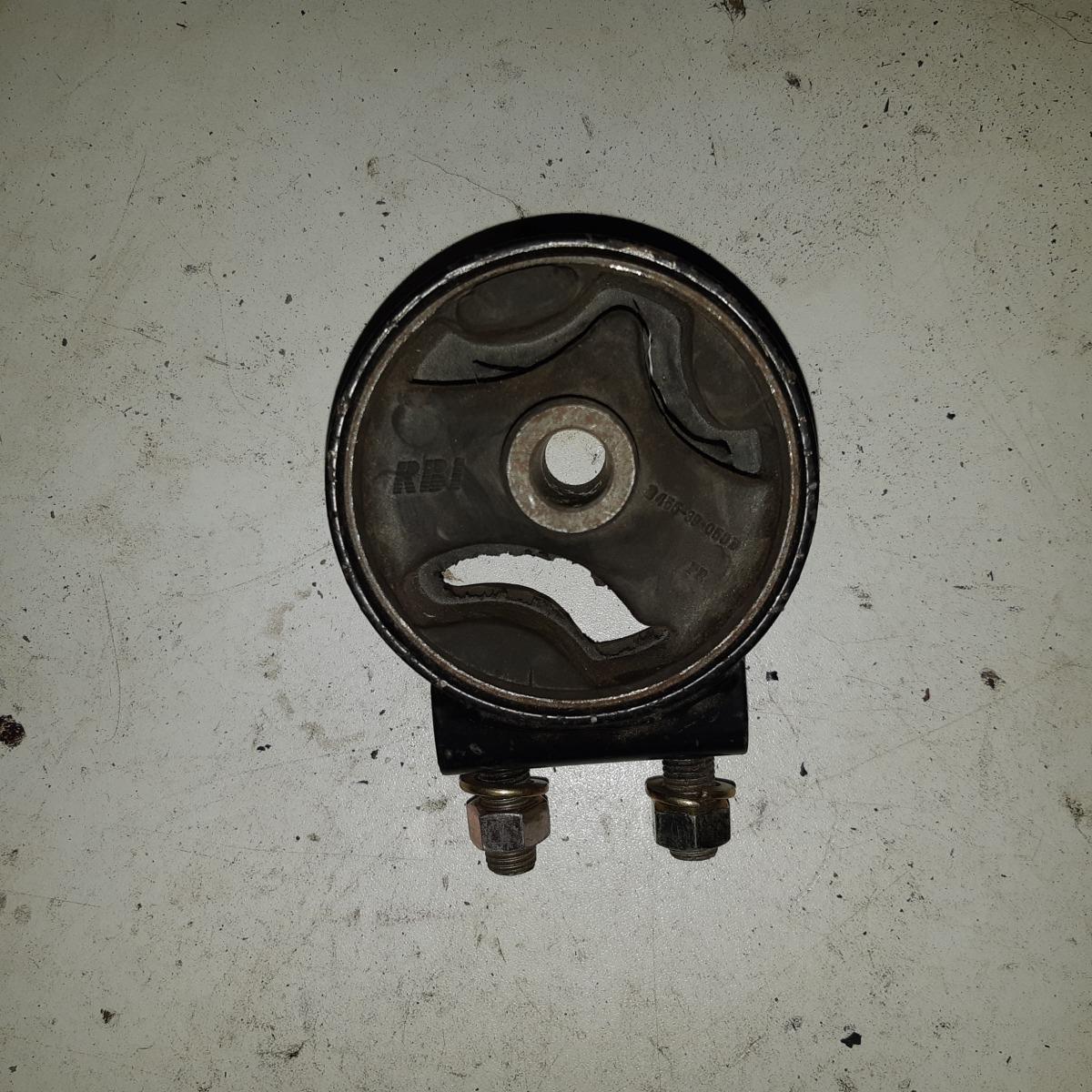 Подушка двигателя Mazda Familia BG3P (б/у)