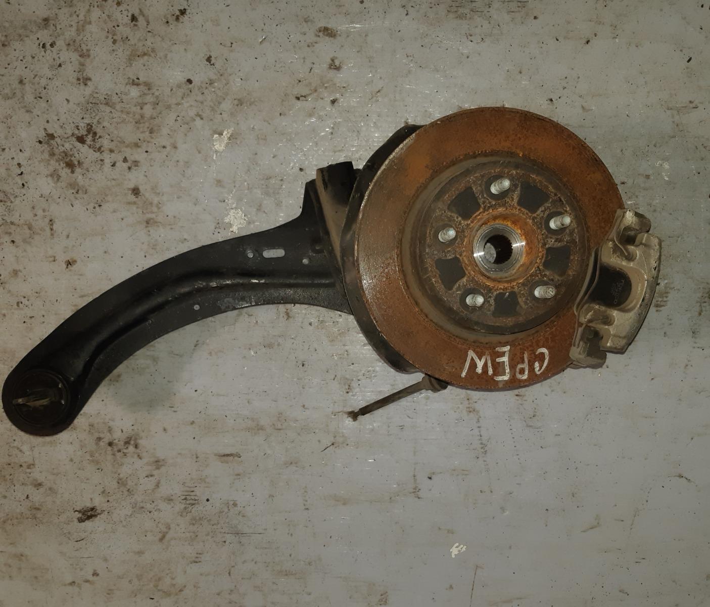Ступица Mazda Premacy CREW задняя правая (б/у)