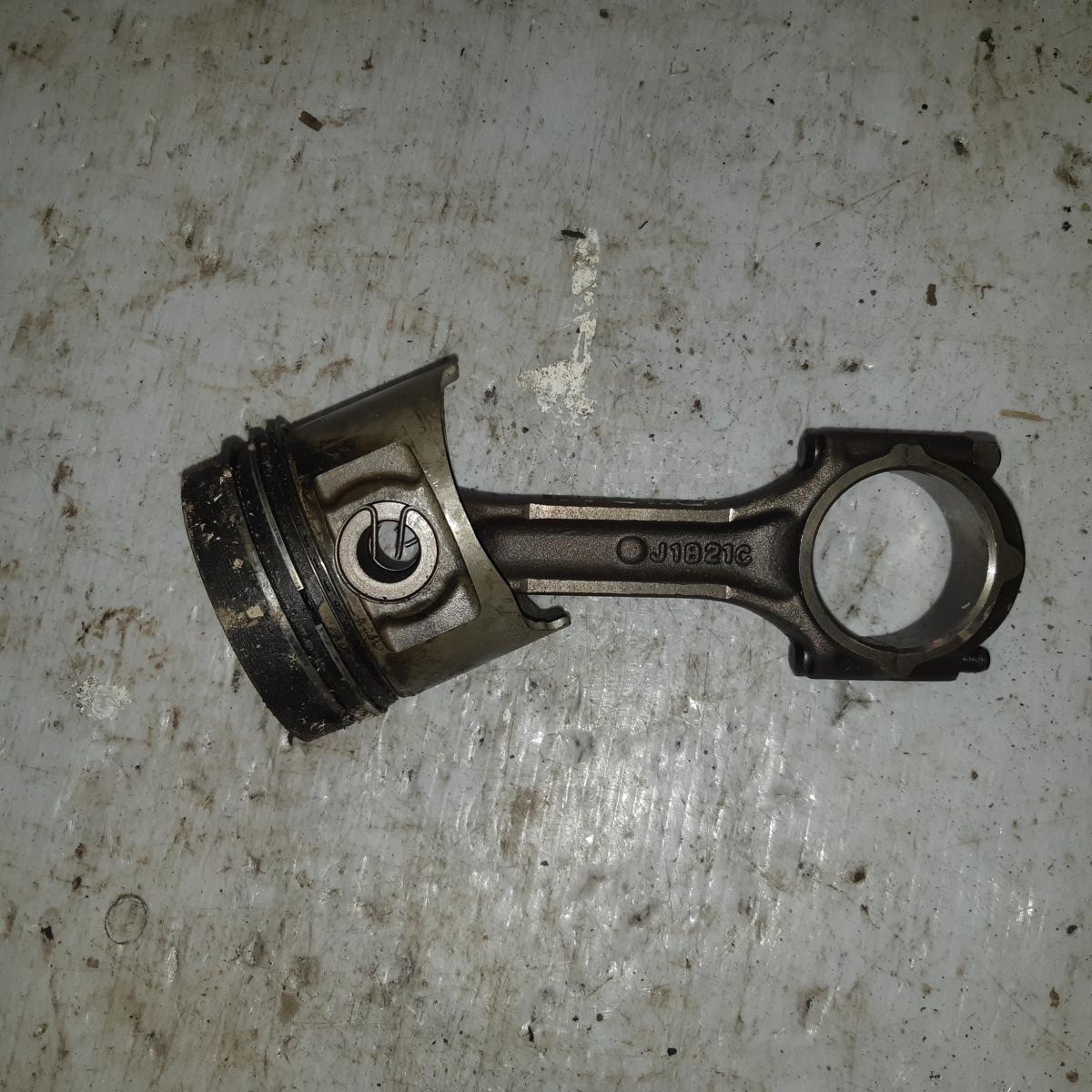 Поршень Hyundai Galloper D4BH (б/у)