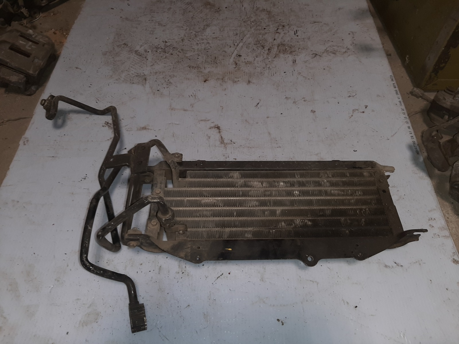 Радиатор кондиционера Mitsubishi Pajero V24C 4M40 (б/у)