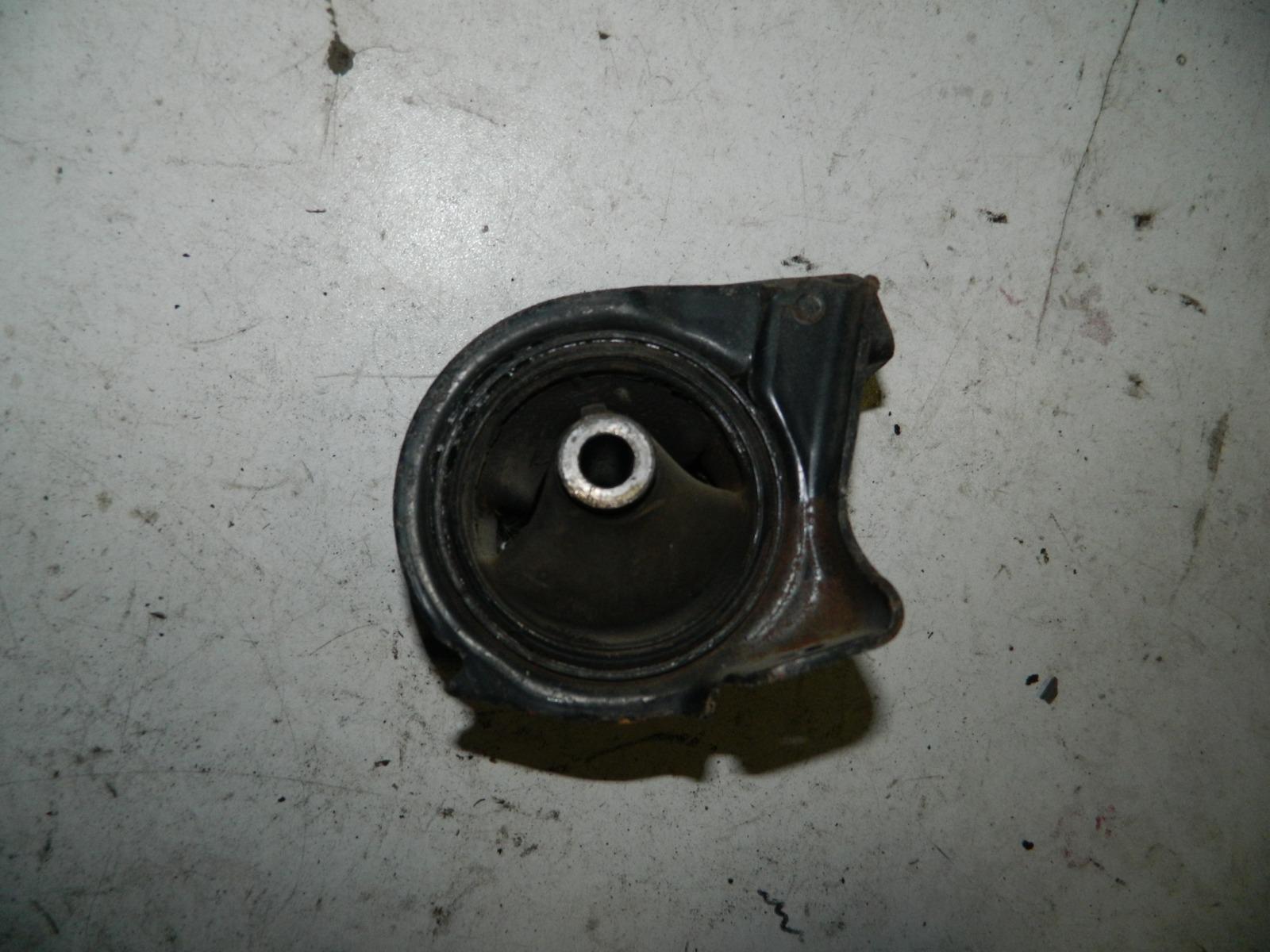 Подушка двигателя Honda Hr-V GH1 D16A (б/у)