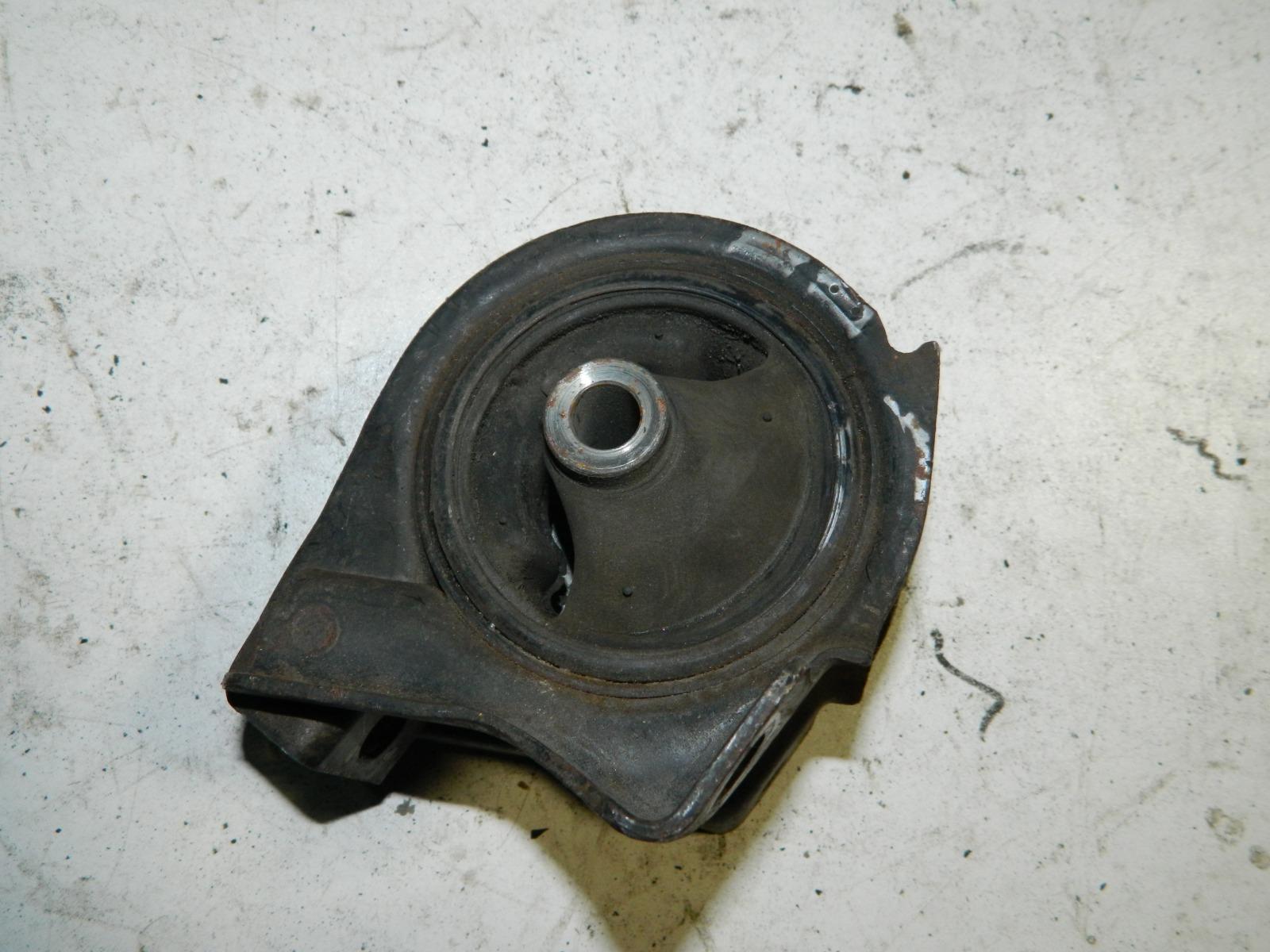 Подушка двигателя Honda Hr-V GH3 D16A (б/у)