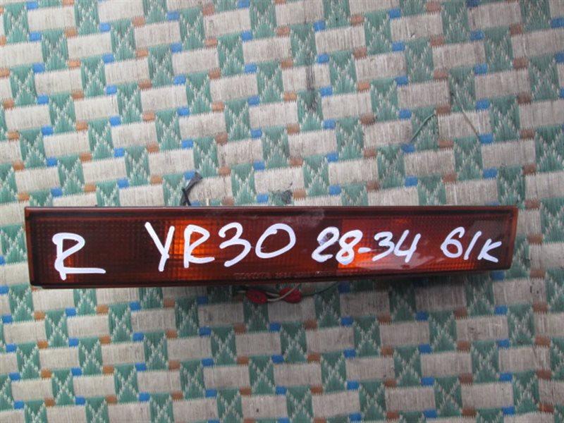 Повторитель Toyota Town Ace YR30 правый (б/у)