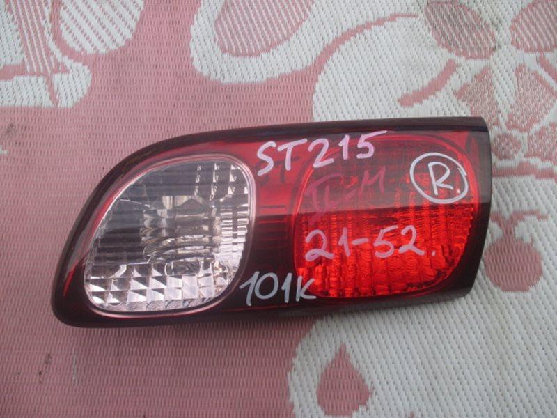 Вставка между стопов Toyota Caldina ST215 правая (б/у)