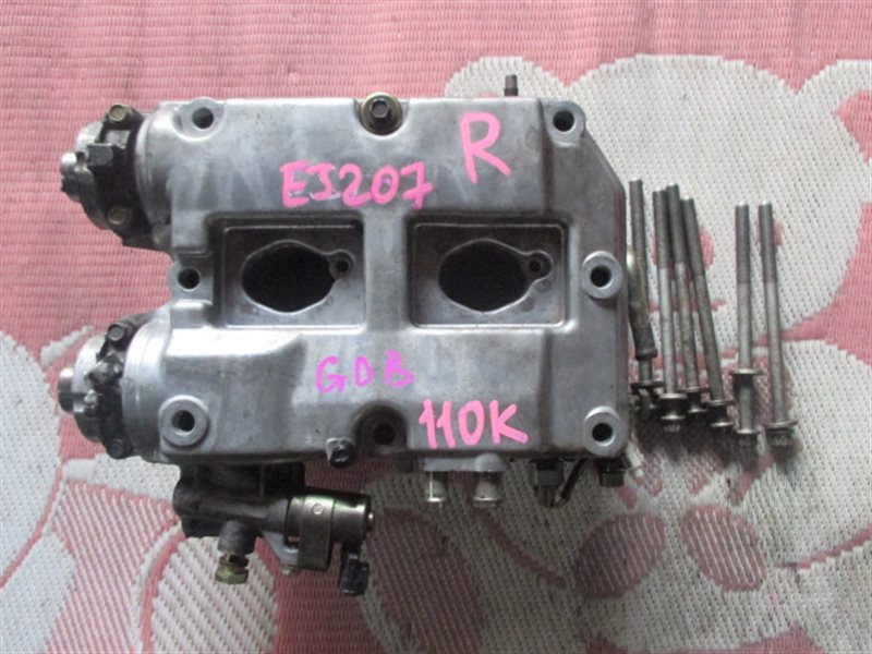 Головка блока цилиндров Subaru Impreza GDB EJ20T правая (б/у)
