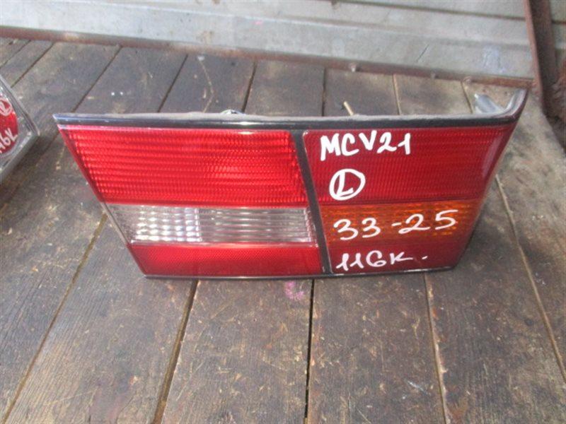 Вставка между стопов Toyota Windom MCV21 левая (б/у)