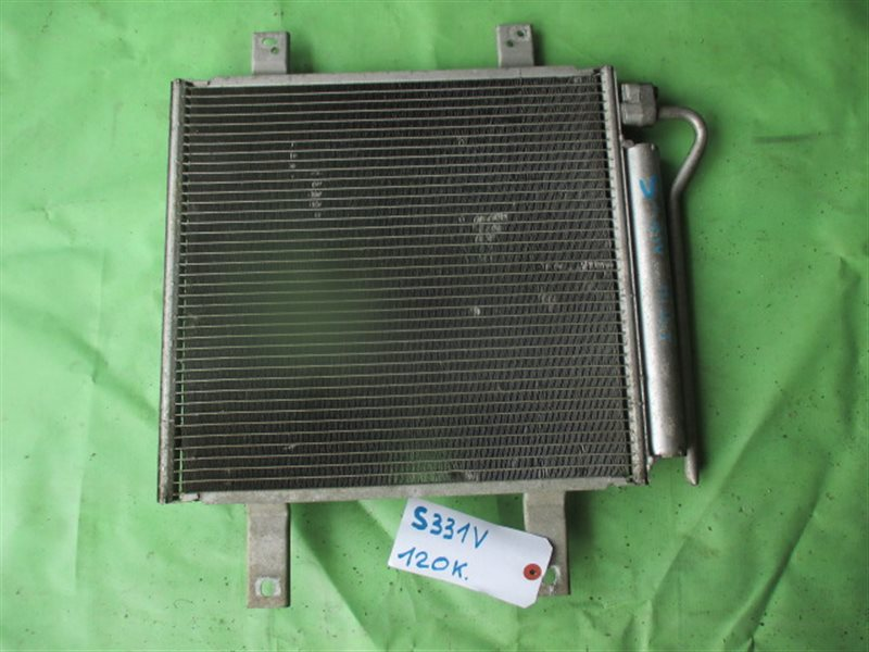 Радиатор кондиционера Daihatsu Hijet S331V (б/у)