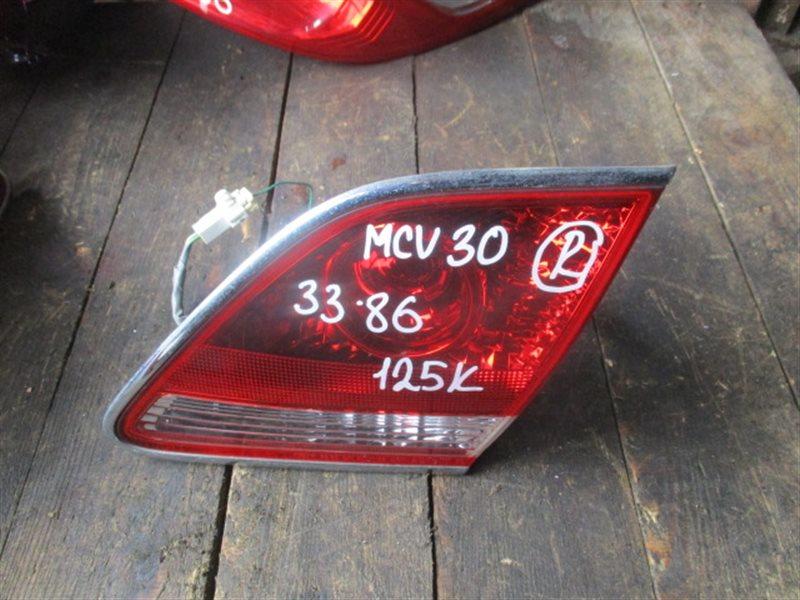 Вставка между стопов Toyota Windom MCV30 правая (б/у)