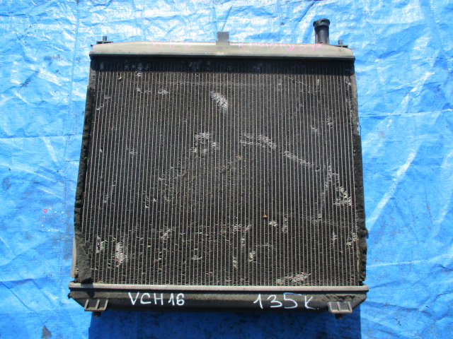 Радиатор основной Toyota Granvia VCH16 (б/у)