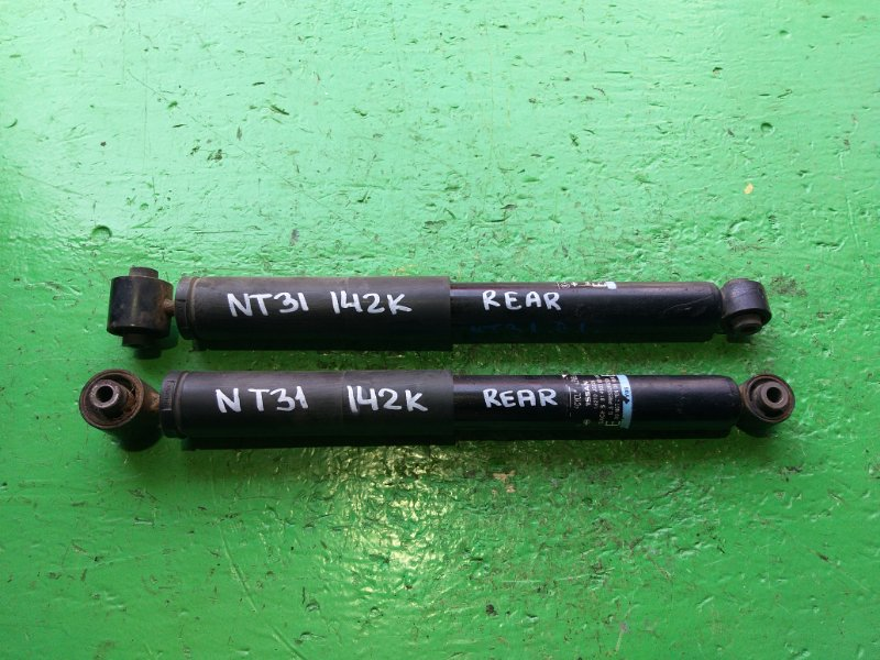 Амортизатор Nissan Xtrail NT31 задний (б/у)