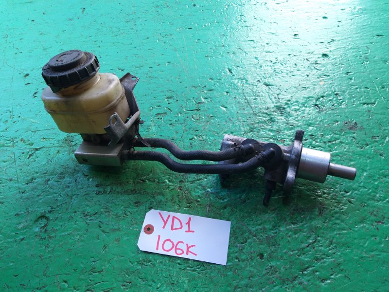Главный тормозной цилиндр Honda Mdx YD1 (б/у)