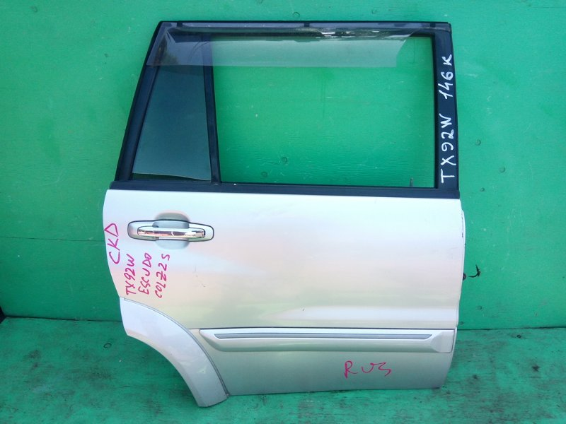 Дверь Suzuki Escudo TX92W задняя правая (б/у)