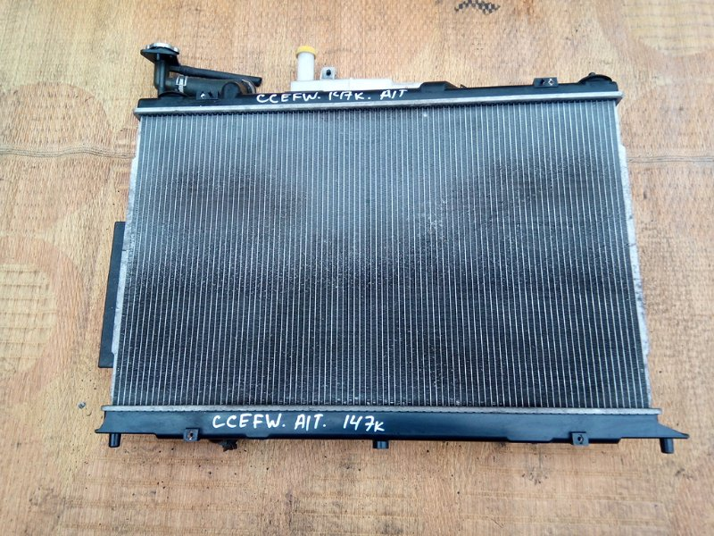 Радиатор основной Mazda Biante CCEFW LF (б/у)