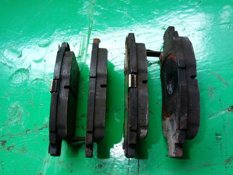 Тормозные колодки Toyota Probox NCP55 переднее (б/у)