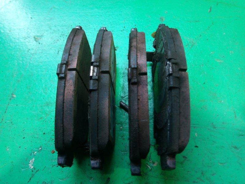 Тормозные колодки Honda Civic EK3 переднее (б/у)