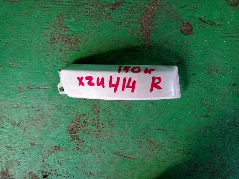 Планка под фары Hino Dutro XZU414 2005 правая (б/у)