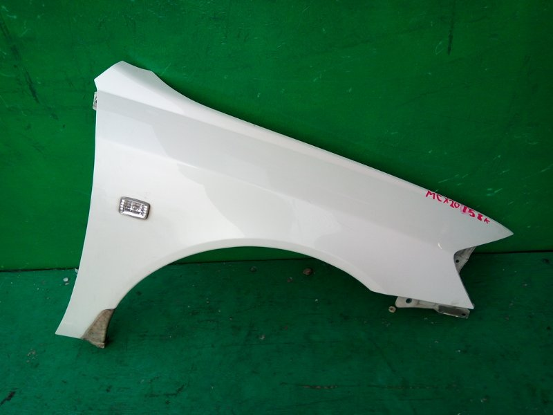 Крыло Toyota Pronard MCX20 2000 переднее правое (б/у)