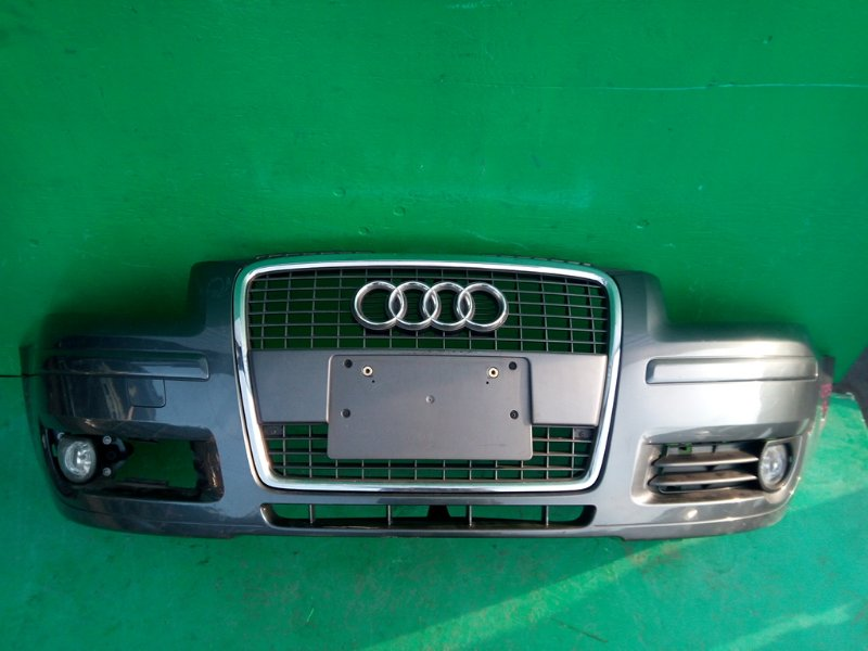 Бампер Audi A3 8P4 передний (б/у)