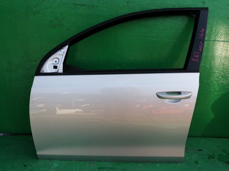 Дверь Volkswagen Golf 5K1 2008 передняя левая (б/у)