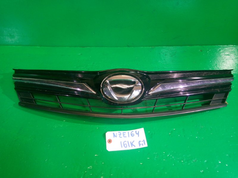 Решетка радиатора Toyota Corolla Fielder NZE164 1NZ-FE (б/у)