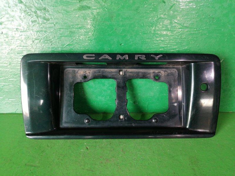 Вставка под номер Toyota Camry SV40 (б/у)