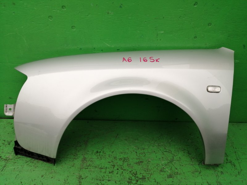 Крыло Audi A6 C5 переднее левое (б/у)