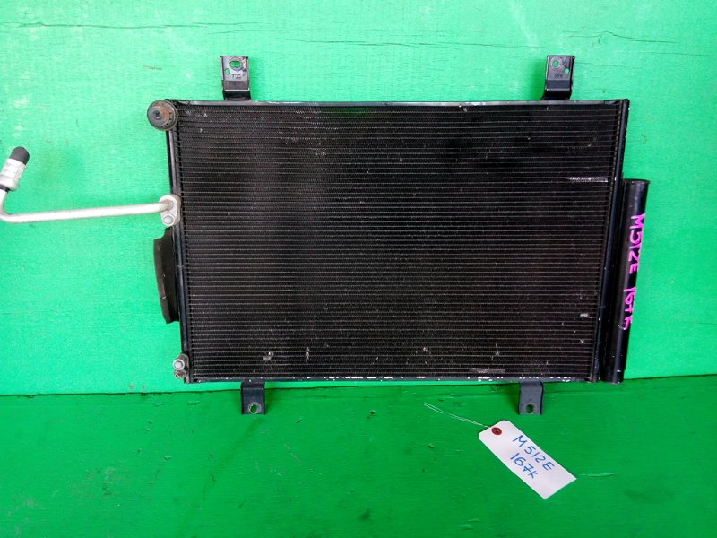Радиатор кондиционера Toyota Passo Sette M512E (б/у)