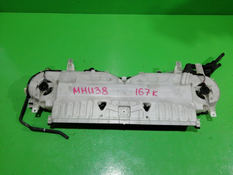 Мотор охлаждения батареи Toyota Harrier MHU38 (б/у)
