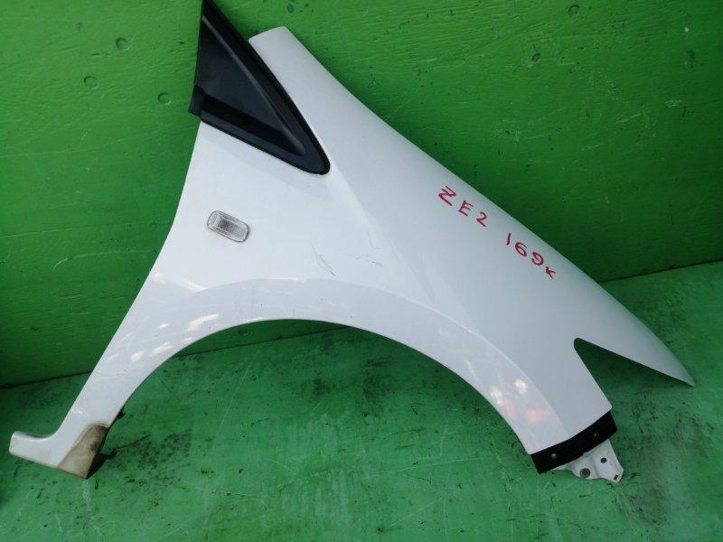 Крыло Honda Insight ZE2 переднее правое (б/у)