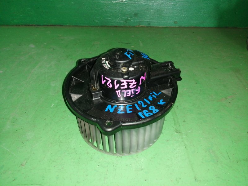 Мотор печки Toyota Fielder NZE121 (б/у)