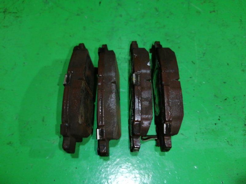 Тормозные колодки Toyota Vitz SCP10 переднее (б/у)