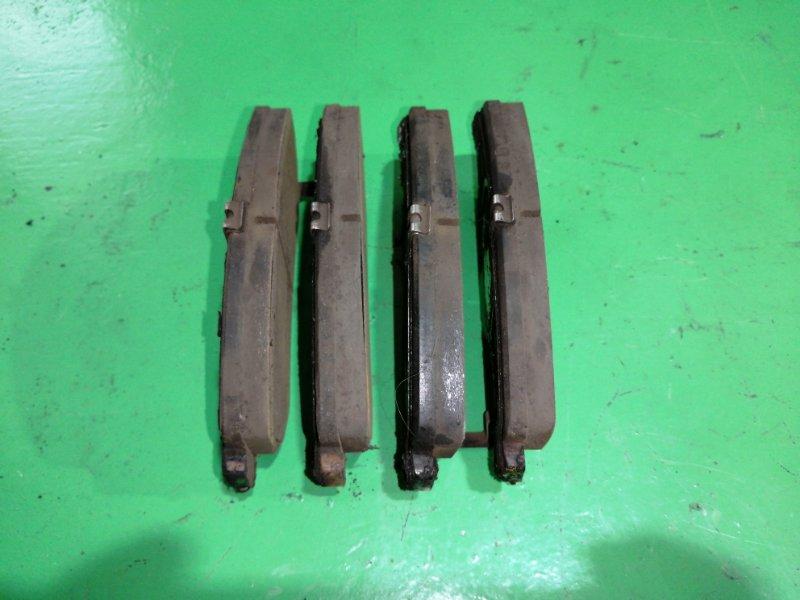 Тормозные колодки Nissan Xtrail NT31 переднее (б/у)