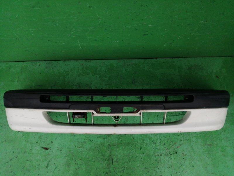 Бампер Toyota Corolla AE114 передний (б/у)