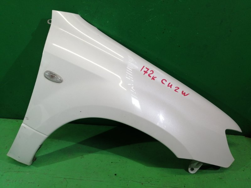 Крыло Mitsubishi Airtrek CU2W правое (б/у)