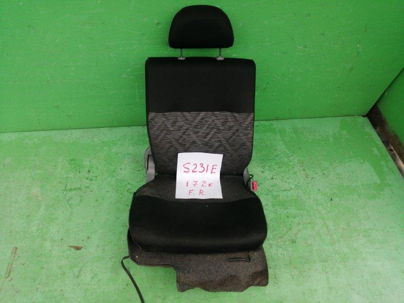 Сиденье Toyota Sparky S231E переднее правое (б/у)