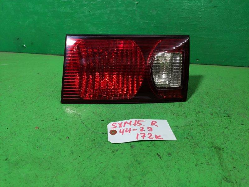 Вставка между стопов Toyota Ipsum SXM15 правая (б/у)