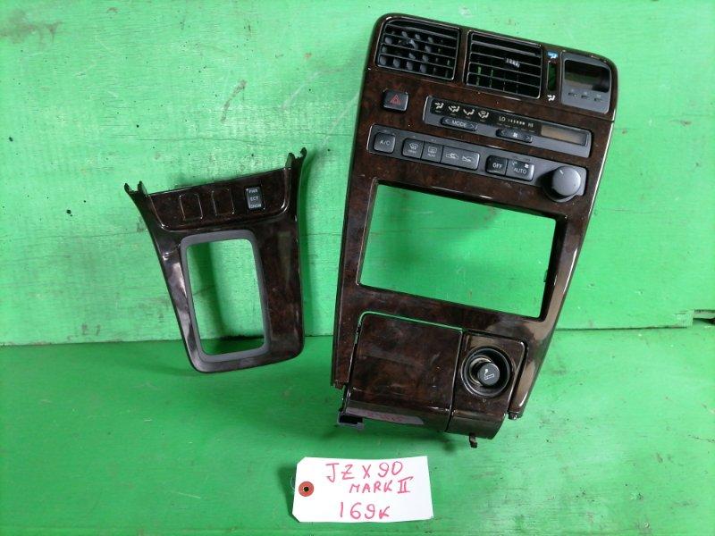 Консоль магнитофона Toyota Mark Ii JZX90 (б/у)