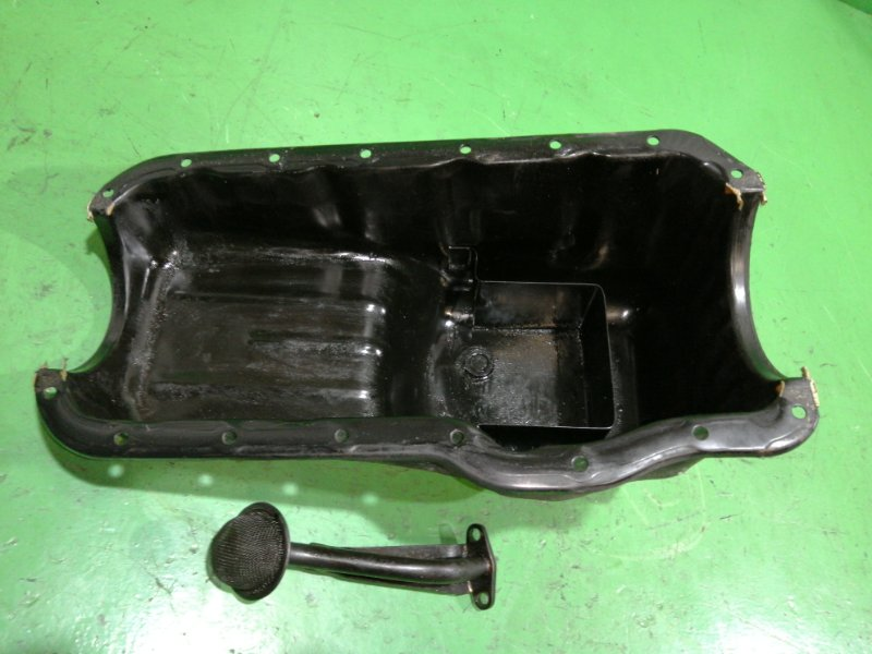 Поддон Nissan Vanette C22 A15S (б/у)