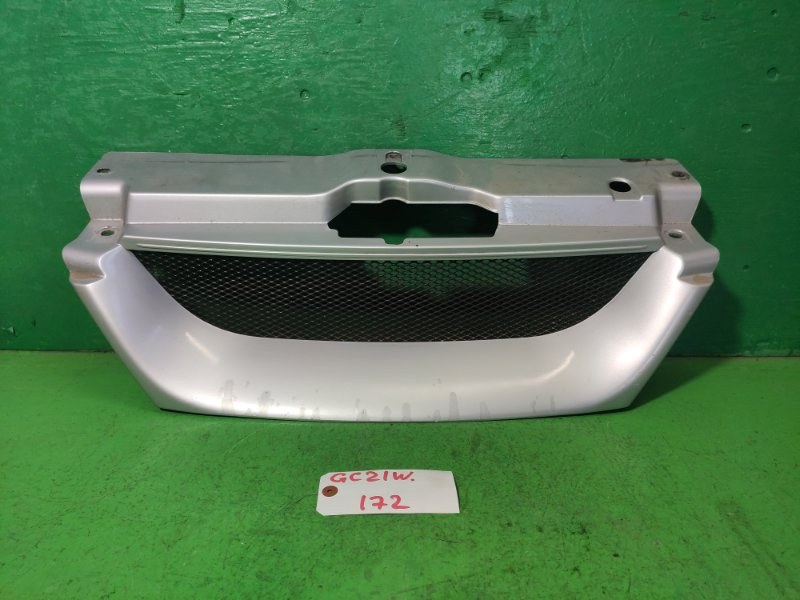 Решетка радиатора Suzuki Cultus GC21W (б/у)
