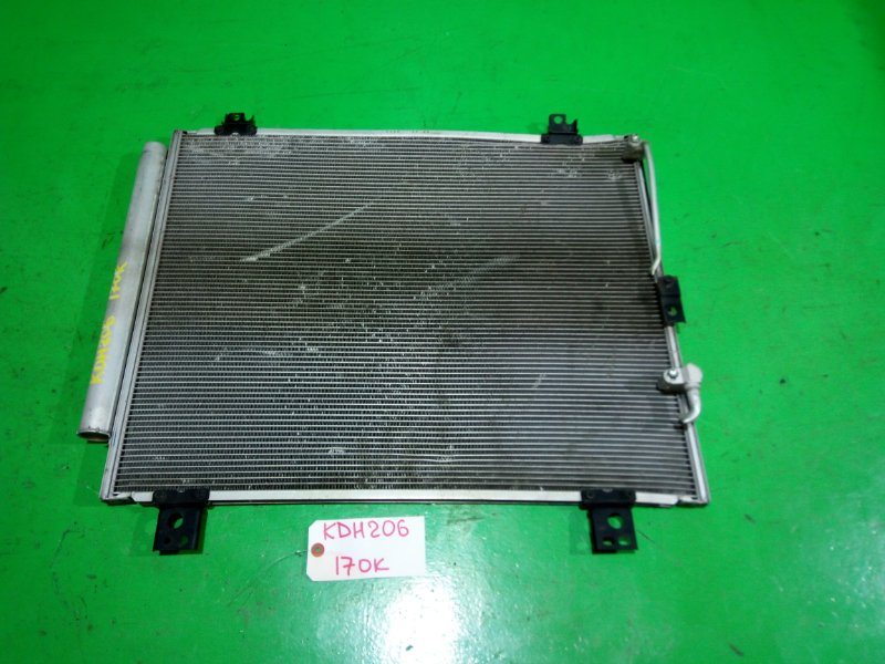 Радиатор кондиционера Toyota Hiace KDH206 (б/у)