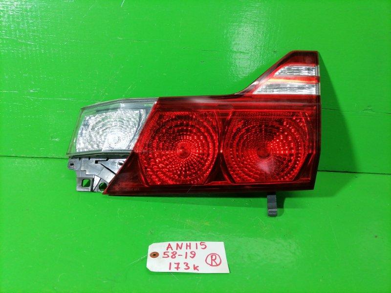Вставка между стопов Toyota Alphard ANH15 правая (б/у)